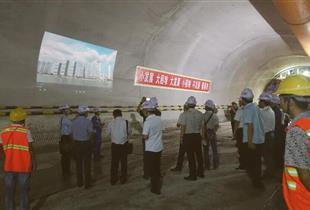 锦屏电站暗物质实验室工程
